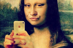 brandtalks-mona-lisa-duck-face-selfie